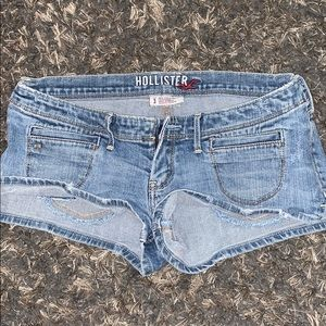 Hollister low rise denim shorts